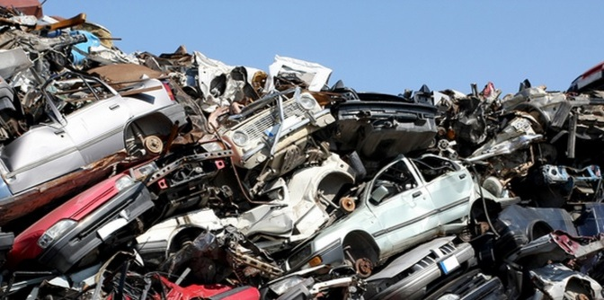 junk car removal - chino's towing