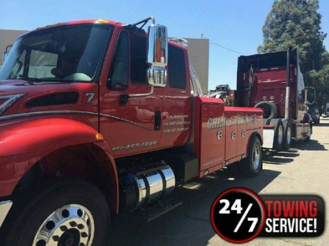 chino's towing - heavy duty towing service